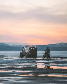 """543 Likes, 2 Comments - @landroverphotoalbum on Instagram: """"""""That one time we were in the middle of Utah Lake with no warmth for our frozen bodies. Check out…"""""""