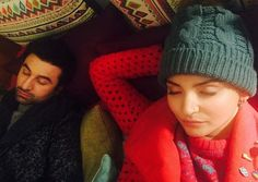 Ranbir and Anushka caught sleeping on same bed