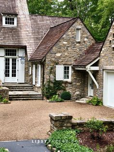 Stone house—the words just conjure up visions of charming English country cottage homes. I love stone cottages, walls, gardens, paths—they make m… Rustic Houses Exterior, Cottage Exterior, Modern Farmhouse Exterior, Stone Cottages, Stone Houses, Stone House Revival, Cottage Shutters, Stone Driveway, English Country Cottages
