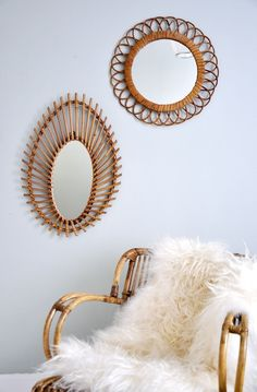 Mirrors – Home Decor : Miroir rotin – Mobilier vintage -Read More – Elegant Home Decor, Natural Home Decor, Elegant Homes, Rattan Armchair, Desert Homes, Magic Mirror, Wood Wall Decor, Home And Deco, Store Design