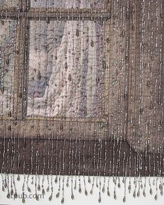 Thom Atkins –– Bring your quilts to life Use beads and simple stitches to create magnificent texture and dimension on any quilt. Learn everything you need to know about the best supplies and technique