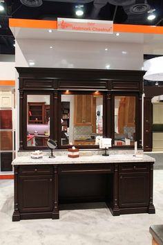 Fabuwood Cabinetry KBIS 2016 booth - featuring Formica® 180fx® Calacatta Marble