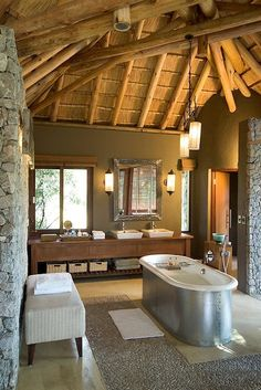 Leadwood Lodge, Sabi Sand Game Reserve, Limpopo, South Africa