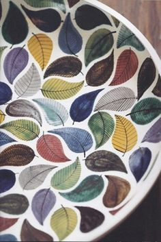 Decorative Plates And#8211; Ideas for Your DIY Projects ★ See more: http://glaminati.com/decorative-plates-ideas-diy/