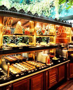 Les Grands Buffets - Restaurant à Narbonne - Galerie Photos