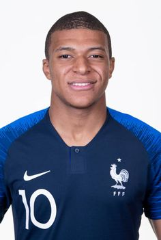 Kylian Mbappe of France poses for a portrait during the official FIFA World Cup 2018 portrait session at the Team Hotel on June 11 2018 in Moscow Russia. Russia Pictures, Mbappe Psg, Fifa World Cup 2018, France Team, Russia World Cup, Russia 2018, Poses, Portrait Inspiration, Soccer