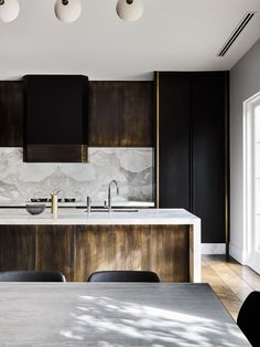 """Melbourne Residential Project designed by Flack Studio ~ kitchen interior decoration design inspiration styling photography House Design, Interior, Modern Marble Kitchen, Contemporary Kitchen Design, Contemporary Kitchen, Home Decor, House Interior, Modern Kitchen Design, White Kitchen Design"
