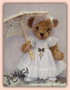 Ours Blanche, avec son ombrelle 45 cm  http://www.lamaisondemathurine.com/ours-en-peluche-de-createur/les-ours-demoiselles-et-messieurs/