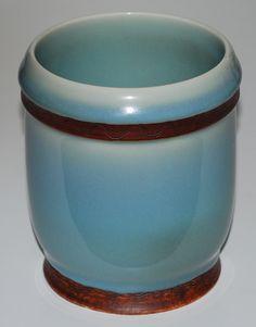 Ebbe Sadolin, Bing & Gröndahl, Denmark. Porcelain with ironox and celadon.