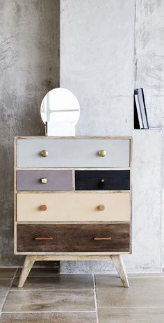 Take the lead and style up your space with our Keira Wooden Chest of Drawers.