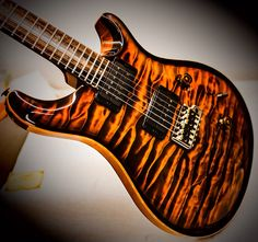 Prs Guitar, Guitar Amp, Cool Guitar, Namm Show, Guitar Online, Classic Blues, Cool Electric Guitars, Post Rock, Bttf