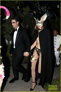 """Adam Levine and Behati Prinsloo attend """"Eyes Wide Shut"""" themed Halloween party Masquerade Costumes, Masquerade Ball, Halloween Party Themes, Halloween Costumes, Adam Levine Behati, Wife Affair, Carnival Girl, Party Eyes, Eyes Wide Shut"""
