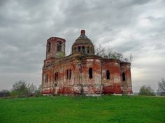 God-forsaken: Abandoned churches and cathedrals of Russia - 25 / St. Michael the Archangel Church. The village of Gorodkovo, Moscow Oblast