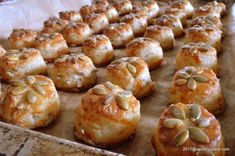 Pastry And Bakery, Pastry Cake, Romanian Food, Yummy Food, Tasty, Snacks Für Party, Beignets, Baked Potato, Deserts