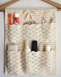 Pattern is written is US crochet terms.The Bathroom Organizer is an exclusive design inside Issue (December of Happily Hooked Magazine.Ravelry: Bathroom Organizer pattern by Ana D Bathroom Organisation, Home Organization, Bathroom Storage, Crochet Stitches, Macrame Patterns, Crochet Motif, Crochet Organizer, Crochet Storage, Diy Home