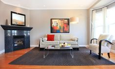 5 tips for staging your home Clear Coffee Table, Home Selling Tips, Interior Decorating, Interior Design, Decorating Ideas, Declutter Your Home, Pink Walls, Getting Organized, New Homes
