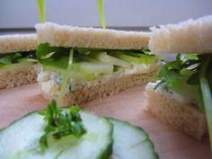Ina Is(s)t: Gurkensandwich