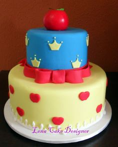 Bolo Branca de Neve ( Snow White and the Seven Dwarfs cake)