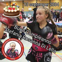 #Buon #Compleanno #Stefania #Rosanna #Di #Lella. #Sweet 13 #years. @stefaniarosanna @rosannamuaythai @famigliadilella #grande #festa #italiana #party #leonessa #siciliana
