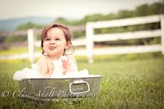 bath outside in summer after cake smash for 1 year photos