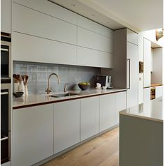 123 Home Renovation Ideas: Contemporary Kitchen Style www. Kitchen Sets, Open Plan Kitchen, Kitchen Living, New Kitchen, Kitchen Grey, Kitchen Shades, Kitchen Layouts, Kitchen Small, Updated Kitchen