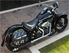 """Old Style Pur"" Harley-Davidson FLSTSCI Softail Springer Classic 2004"
