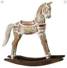 horse realizada en resina y madera