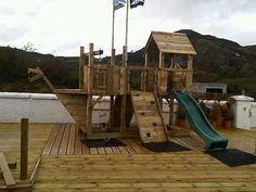 Wooden-climbing-frame-Ship