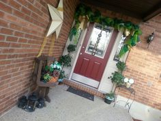 St Patrick's day porch decorations green mesh