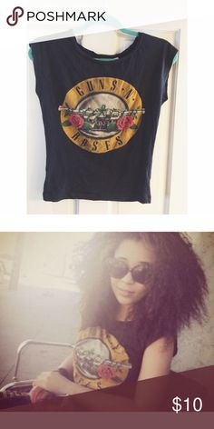 Guns n Roses Tee. H&M tee. Worn a handful of times. Perfect condition. H&M Tops Tees - Short Sleeve