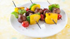 Steak It to Me: Patio Pizza Night - Epicure's Grilled Smoky Bacon Mushroom & Pepper Skewer Bacon Mushroom, Bacon Stuffed Mushrooms, Stuffed Peppers, Epicure Recipes, Healthy Recipes, Grill Time, Good Food, Yummy Food, Gourmet