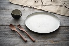 奥田章さん(文五郎窯)のポン酢ボウルとひびの器