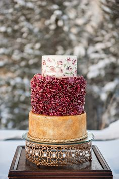 Gold and Ruby Wedding Cake | photography by http://brookebakken.com