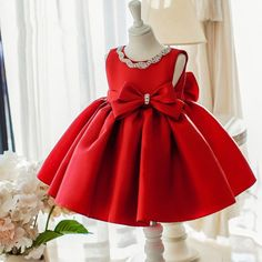 Shop Simple Red Satin Elegant Flower Girl Dress With Big Bow For Wedding Parties online. Super cute styles with couture high quality. Cheap Flower Girl Dresses, Toddler Girl Dresses, Lovely Dresses, Little Girl Dresses, Flower Girls, Flower Girl Dresses Burgundy, Baptism Dress, Christening Gowns, Baptism Clothes