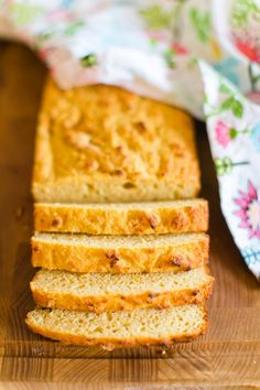 Gluten Free Recipes, Baking Recipes, Low Carb Desserts, No Bake Cookies, Healthy Treats, Cornbread, Baked Goods, Yummy Food, Glad