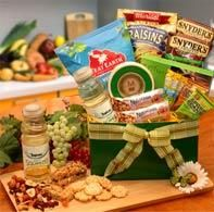 Make the Right Choice - Healthy Gift Baskets Give the gift that says you care, a Healthy Gift Basket. Appeal to their good taste (and their health-conscious life style) with our sensational selection of gift baskets. Healthy doesn't have to be ordinary! A perfect combination of sweet and salty snacks which are light on calories and your pocket book! A great gift for diabetics, someone on a low carb diet or just someone that likes to eat healthy. Extend products are designed