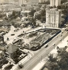 1967-1968 - Início da construção do MASP - Museu de Arte de São Paulo.