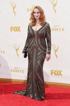 Pin for Later: Toutes les Plus Belles Tenues Vues sur le Tapis Rouge des Emmy Awards Christina Hendricks Dans une robe Naeem Khan.