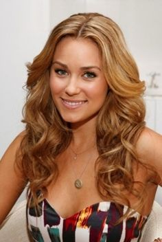 Lauren Conrads Beautiful Parted Hair Style with Lovely Curls