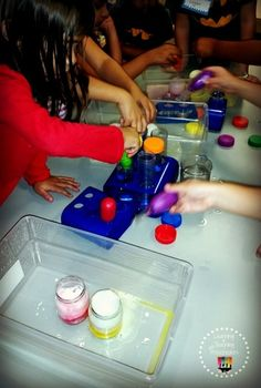 Color mixing fun.  Red and Yellow make Orange.  Fizzy Science learning fun.