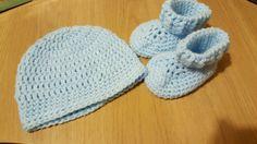 Newborn Baby boy hat & booties