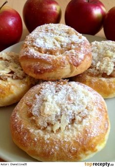 Fashion and Lifestyle Apple Dessert Recipes, Baking Recipes, Cake Recipes, Snack Recipes, Snacks, Albanian Recipes, Hungarian Recipes, Food Gallery, Czech Recipes