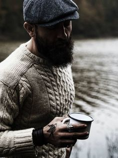 Mode Man, Mens Fashion Sweaters, Mens Sweater Outfits, Fashion Shirts, Fashion Clothes, Fashion Outfits, Rugged Style, Gentleman Style, Beard Styles