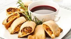 Paszteciki z kapustą i suszonymi pomidorami - Food & drinks | Świąteczny kiermasz | Tesco