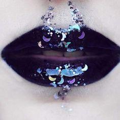 """472 gilla-markeringar, 4 kommentarer - Glitter Palace (@glitterpalaceuk) på Instagram: """"Midnight lips @emalovii is it too early to start thinking about Halloween? - - - - - -"""""""