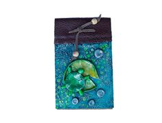Libreta Tortuga Coin Purse, Christmas Ornaments, Holiday Decor, Home Decor, Turtles, Day Planners, Decoration Home, Room Decor, Christmas Jewelry