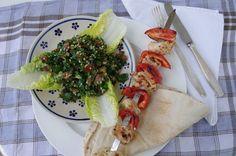 Shish Tawook, Toum, libanesische Knoblauchsauce, Tabbouleh