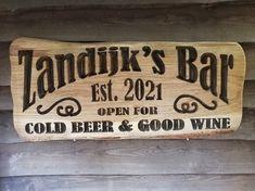 #Ambachtelijk #CNC #frezen #naambord #mancave #eigentekst #beer #wine #bar #corona #thuisbar Bar Signs, Bbq Grill, Man Cave, Wine, Beer, Chilling, Home Decor, Corona, Bar Grill