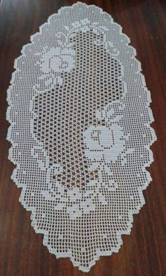 This Pin was discovered by Bet Filet Crochet Charts, Crochet Doily Patterns, Crochet Diagram, Baby Knitting Patterns, Crochet Motif, Crochet Doilies, Crochet Lace, Free Crochet, Stitch Patterns