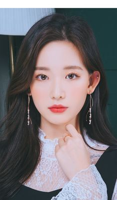 Korean Photography, Girl Photography Poses, Pretty Korean Girls, Beautiful Asian Girls, Peach Makeup, Korean Girl Fashion, Korean Face, Ulzzang Korean Girl, Female Images